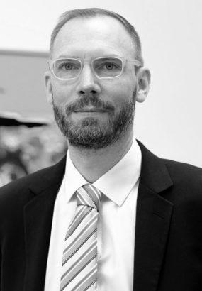 Stephan Zipfel Sales Director Premium Modern Art